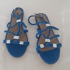 7a1b30ee3ad Ava and Aiden Royal blue flat sandals SZ 8.5 M